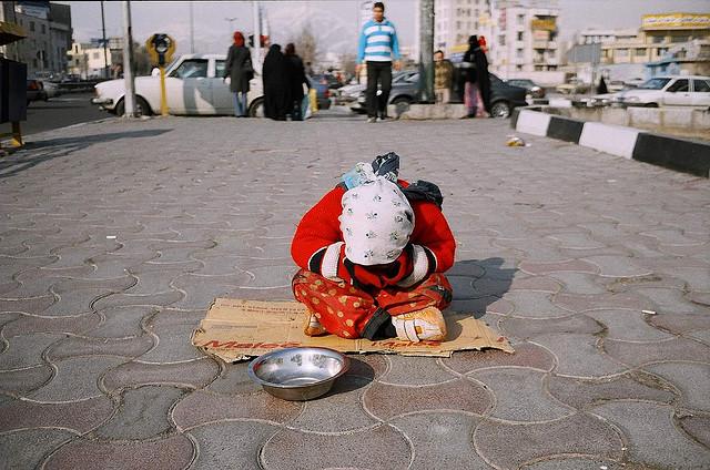 فقر و عوارض منفی آن بر جامعه- پایگاه اینترنتی دانستنی ایران