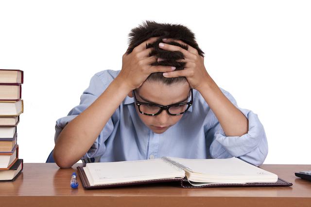 چگونه اضطراب امتحانات را برطرف کنیم؟- پایگاه اینترنتی دانستنی در ایران