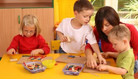 چگونه میتوان فکر کردن را به کودکان آموخت؟- پایگاه اینترنتی دانستنی ایران