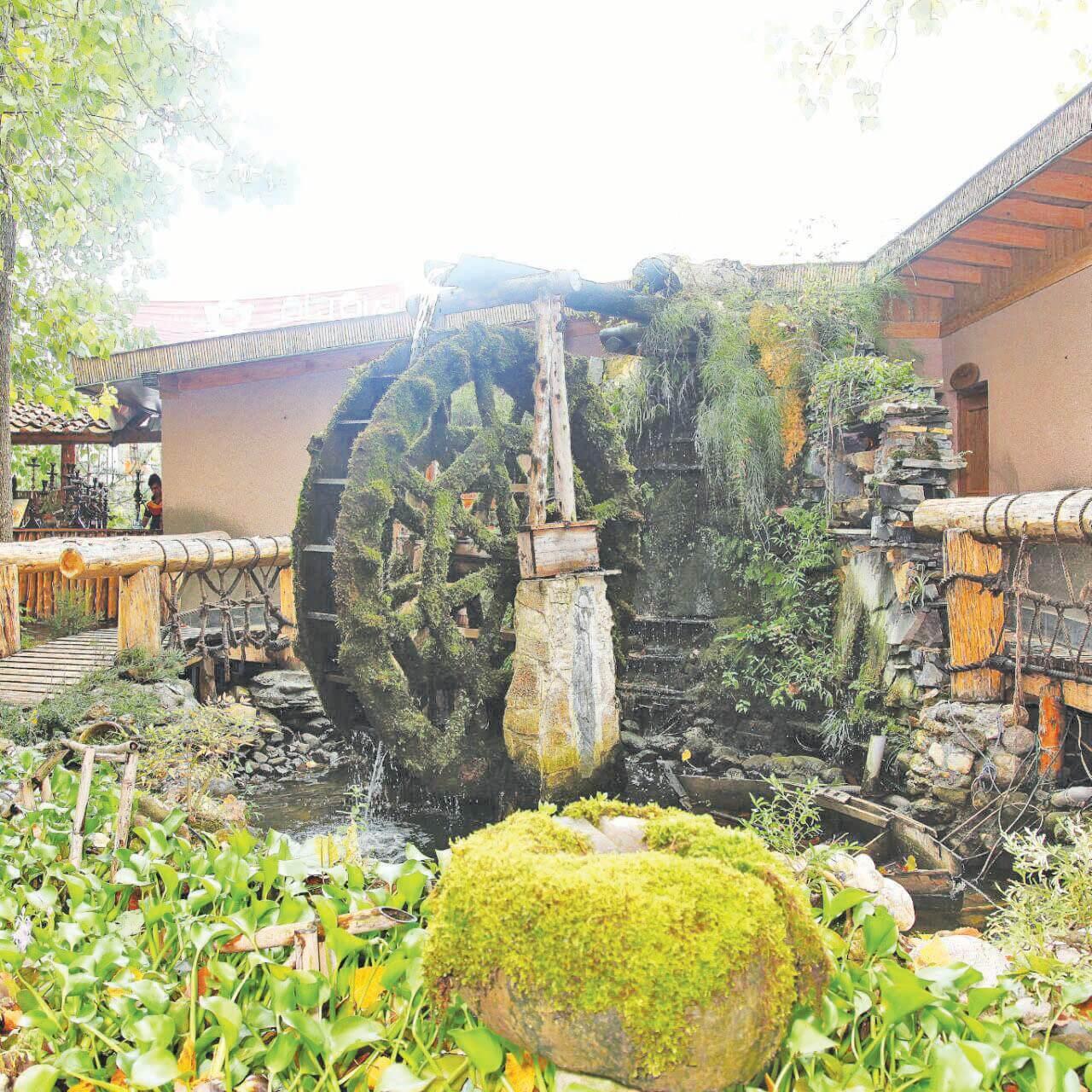 رستوران سنتی آیلار