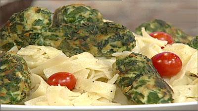 آموزش آشپزی تالیاتلی با مرغ و اسفناج+ ویدئو- پایگاه دانستنی آنلاین