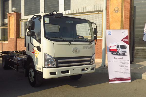 کامیونت جدید شرکت سیباموتور امسال بر روی خط تولید قرار میگیرد.
