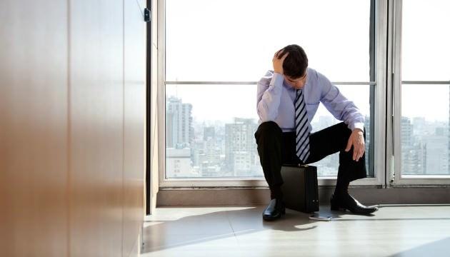 8 عمل ساده ای که باعث آبروریزی در محل کار می شود