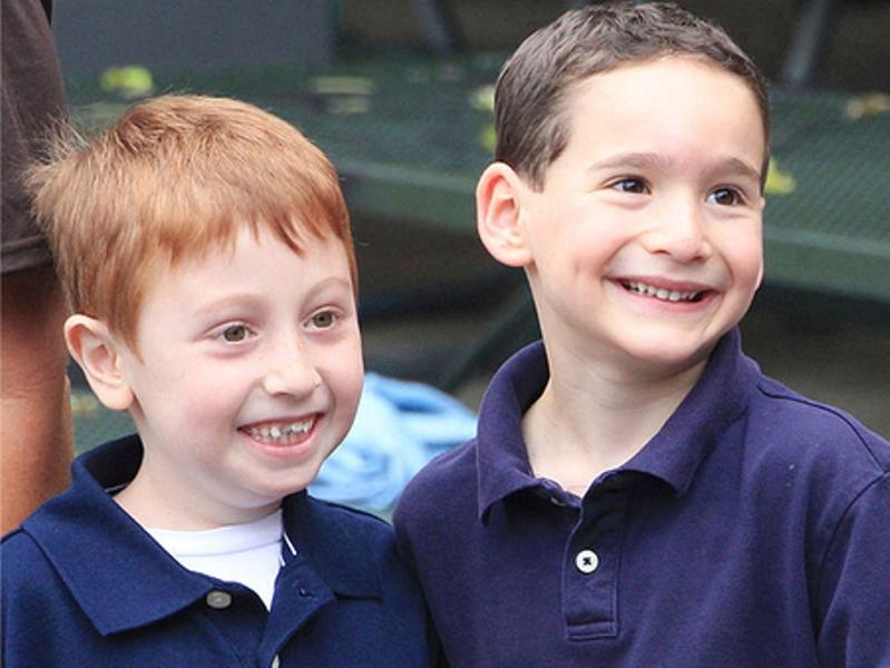 انتخاب دوستان جدید یکی از مهارت های زندگی برای کودکان