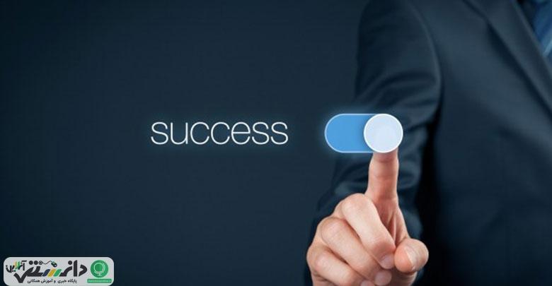 کدام عامل در موفقیت اهمیت بیشتری دارد؟مدیر یا ایده