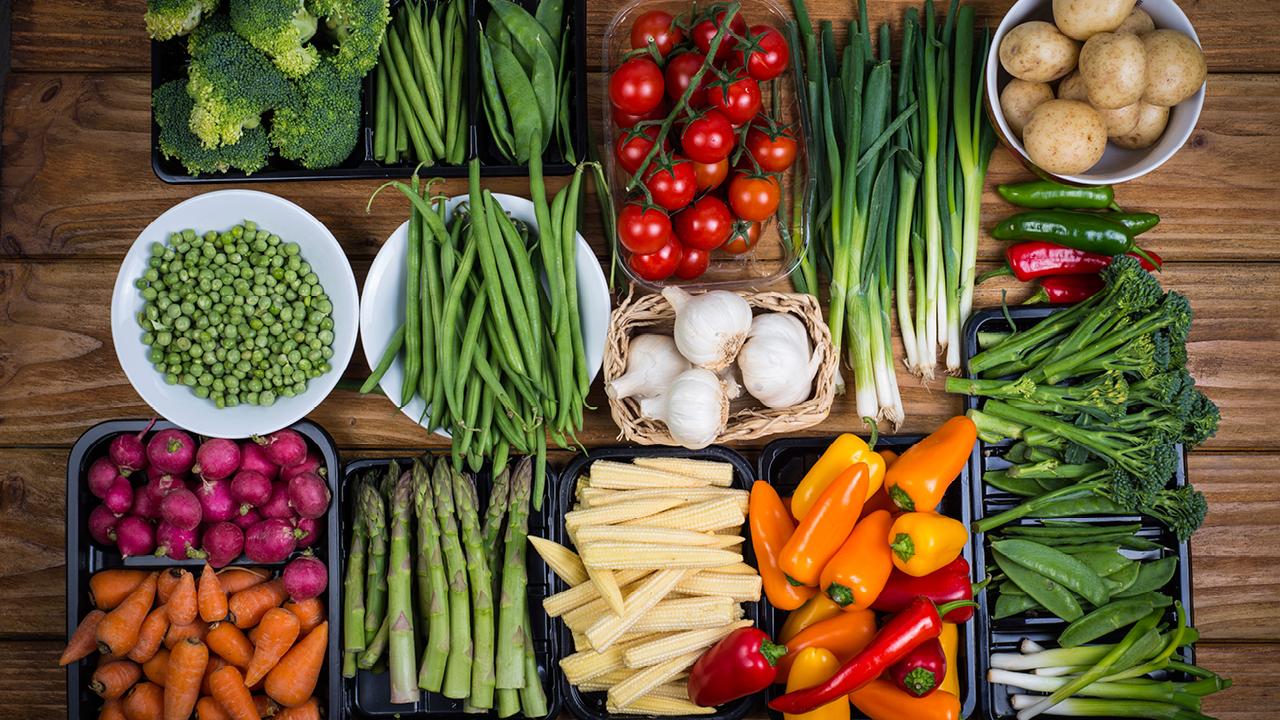 چه بخوریم تا سالم بمانیم ؟- پایگاه اینترنتی دانستنی در ایران
