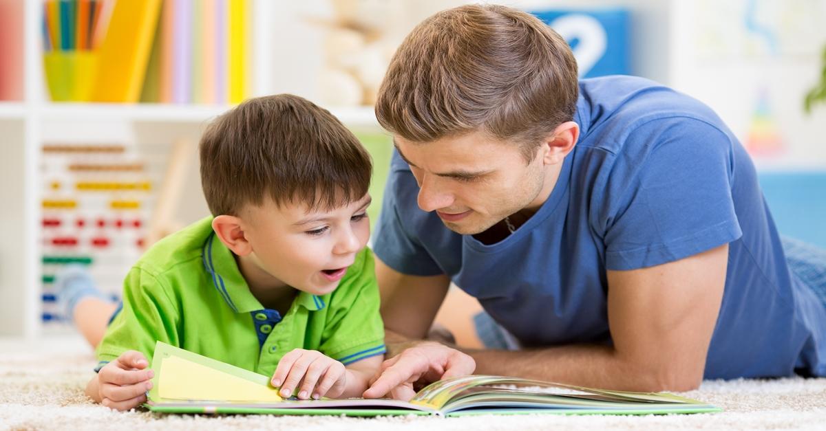 چگونه کودک خود را به کتاب خواندن علاقه مند کنیم؟- پایگاه اینترنتی دانستنی ایران