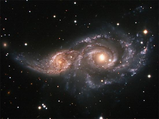 هنگام برخورد دو کهکشان چه اتفاقی رخ می دهد؟- پایگاه اینترنتی دانستنی ایران