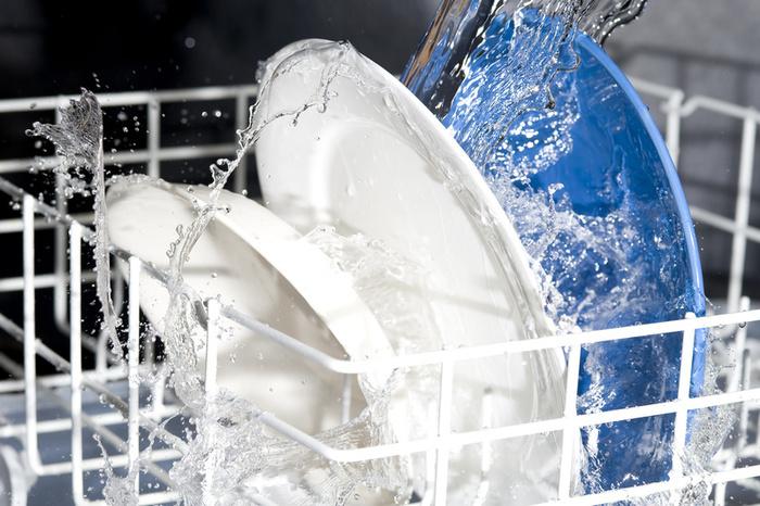راهنمای چیدن ظروف داخل ماشین ظرف شویی +ویدئو- پایگاه دانستنی آنلاین