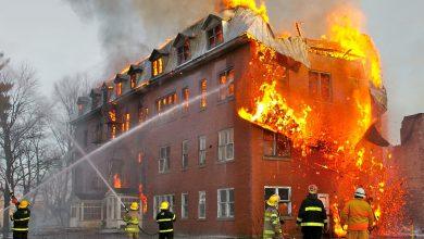 آتش سوزی مهیب در کارخانه رنگ فرهاد