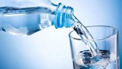 آیا نوشیدن آب در کاهش وزن نقش دارد؟